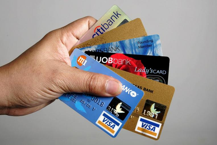Credit Cards Save Money on Transportation Singapore